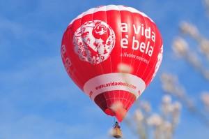 Passeio de balão A vida é bela