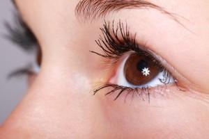 contorno-dos-olhos